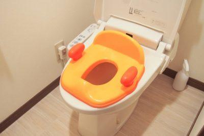 トイレと補助便座